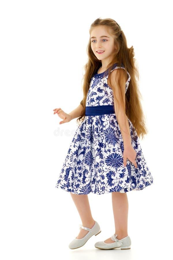 Meisje in een elegante kleding royalty-vrije stock afbeeldingen