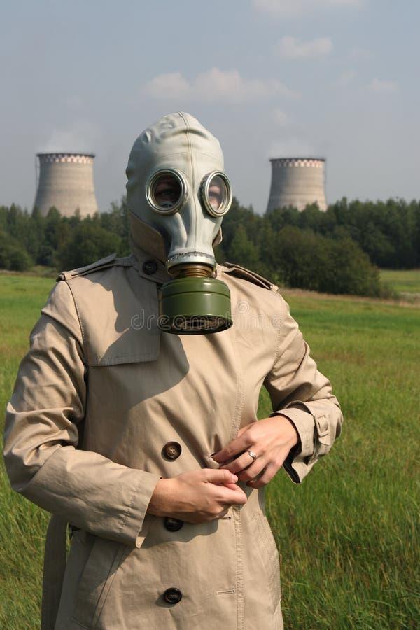 Meisje in een gasmasker royalty-vrije stock foto's