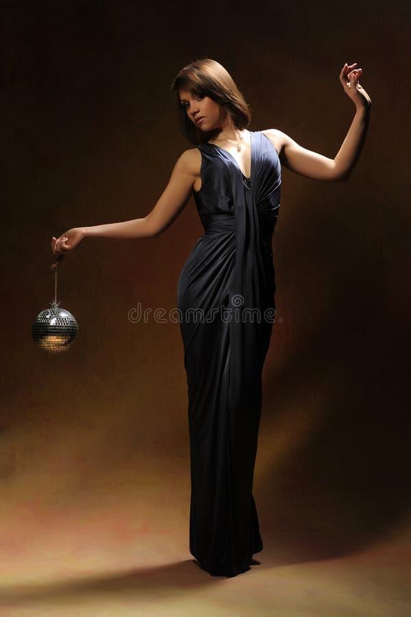 Meisje in een kleding royalty-vrije stock afbeelding