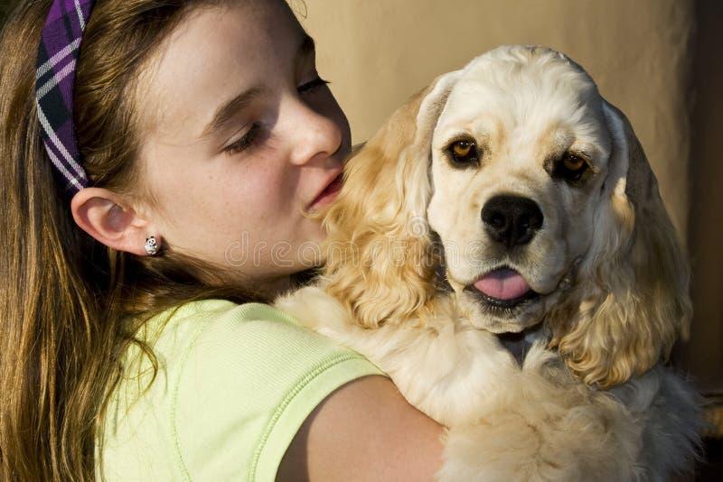 Meisje en haar Hond II royalty-vrije stock afbeeldingen