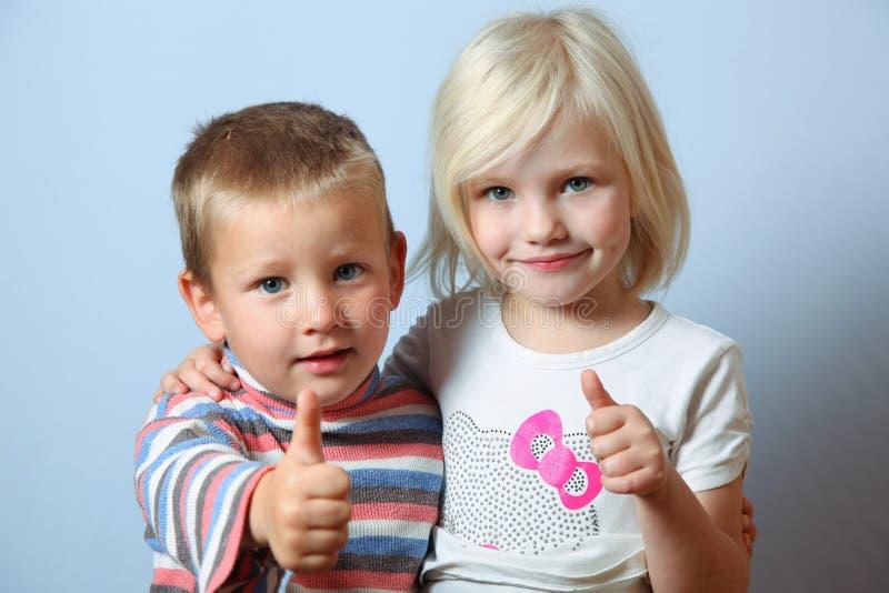 Meisje en jongen royalty-vrije stock afbeelding