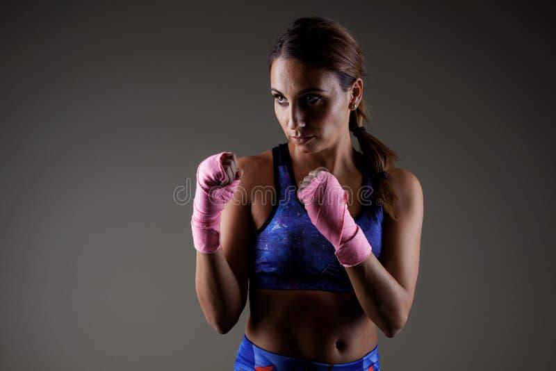 Meisje kickboxer stock fotografie
