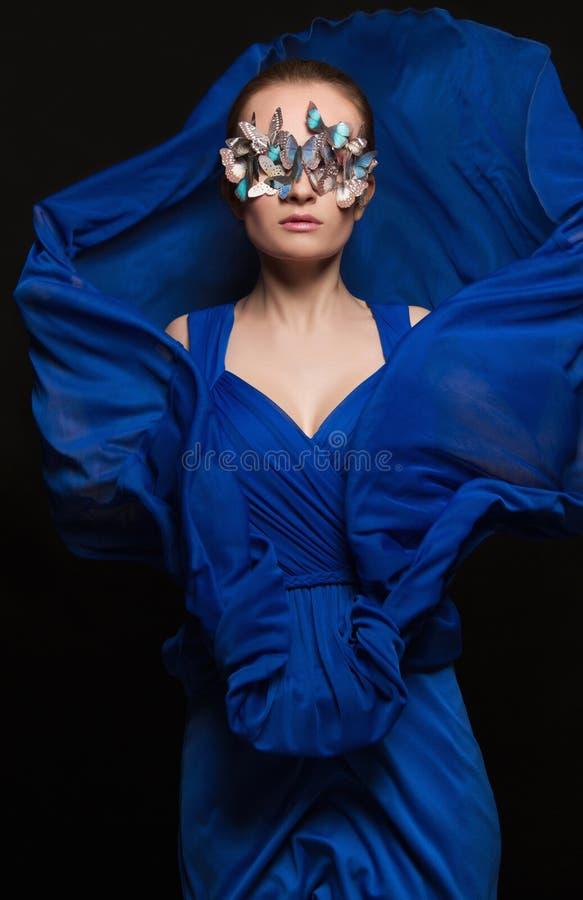 Meisje in Masker van vlinders royalty-vrije stock foto