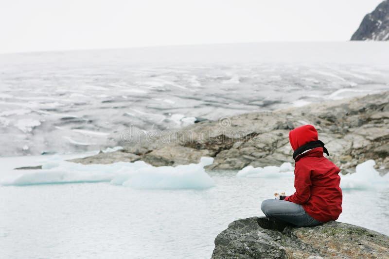Meisje in meditatie royalty-vrije stock foto