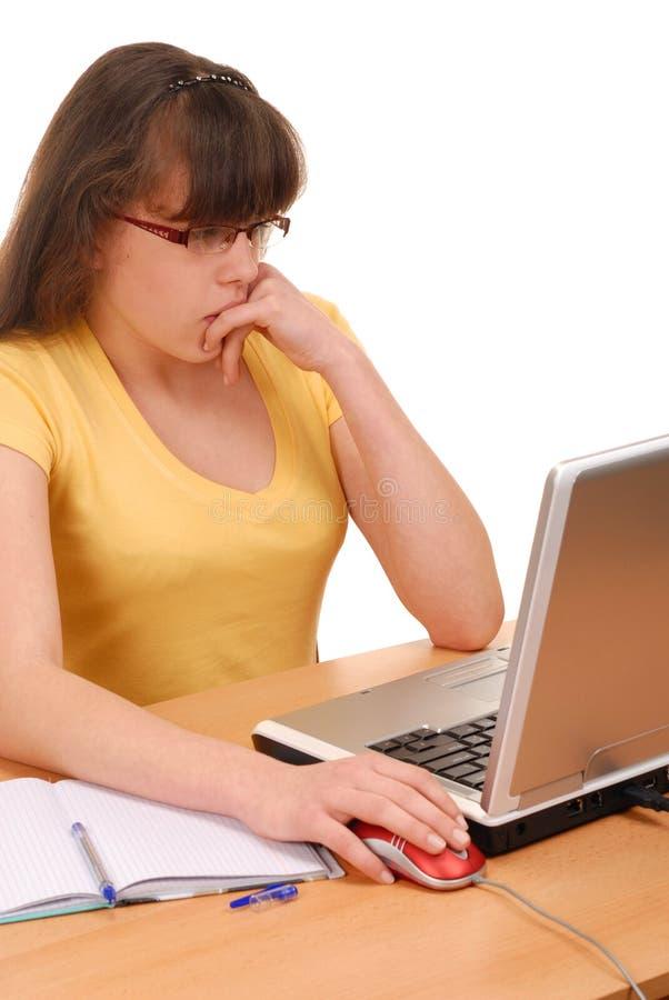 Meisje met Computer royalty-vrije stock afbeeldingen