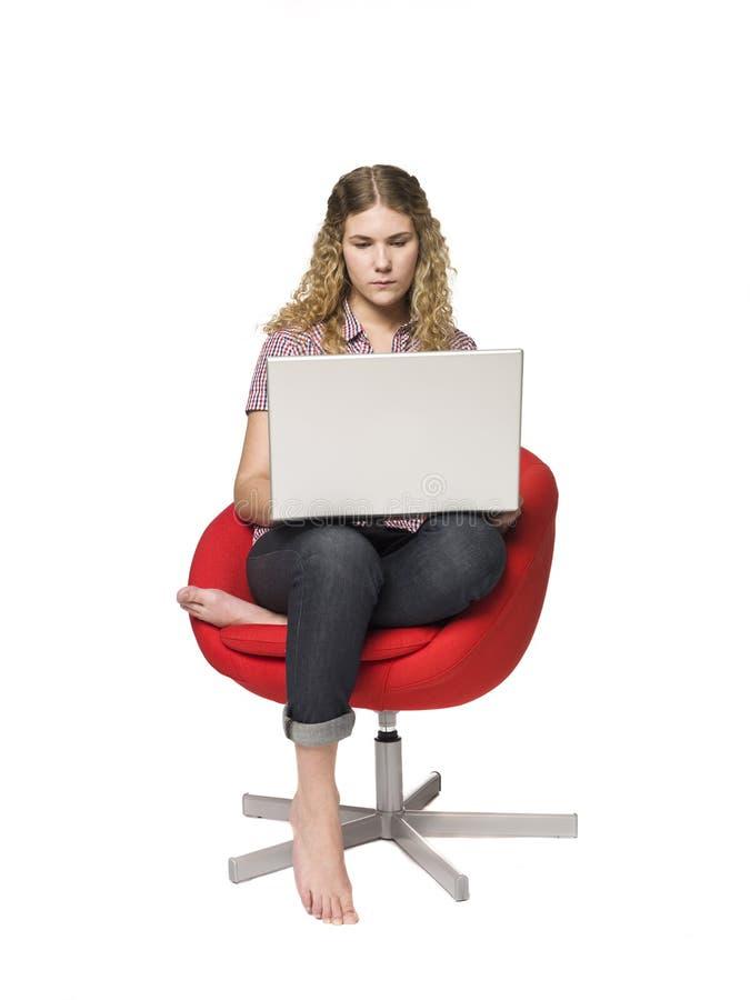 Meisje met computer stock fotografie