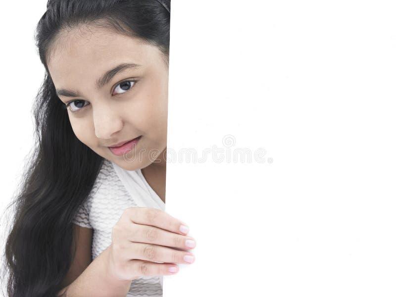 Meisje met een lege raad royalty-vrije stock afbeelding