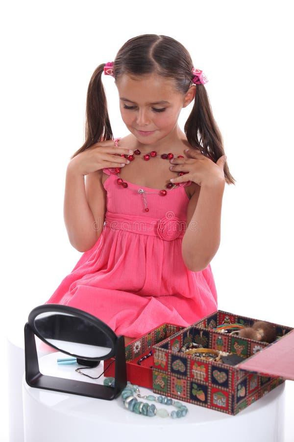 Meisje met juwelen stock fotografie