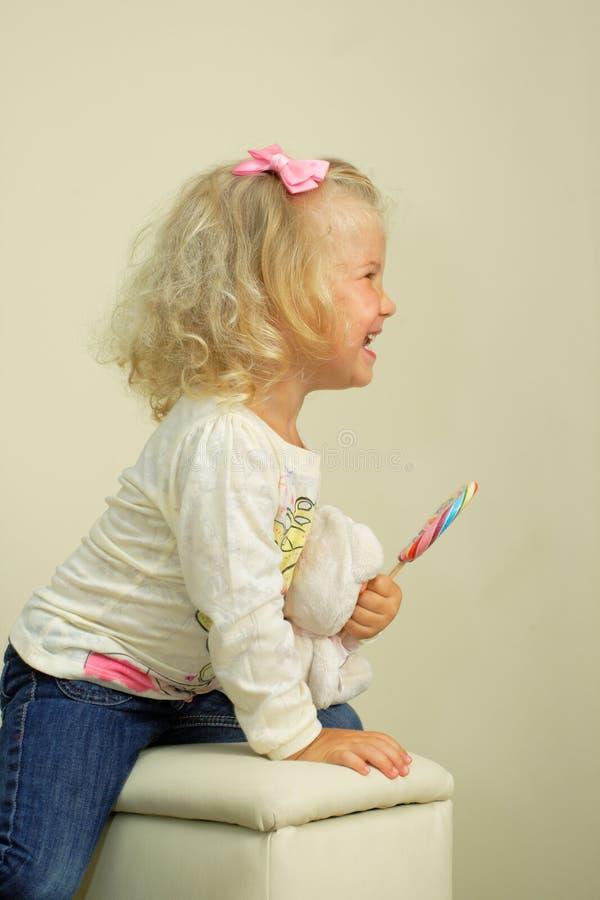 Meisje met lolly stock foto