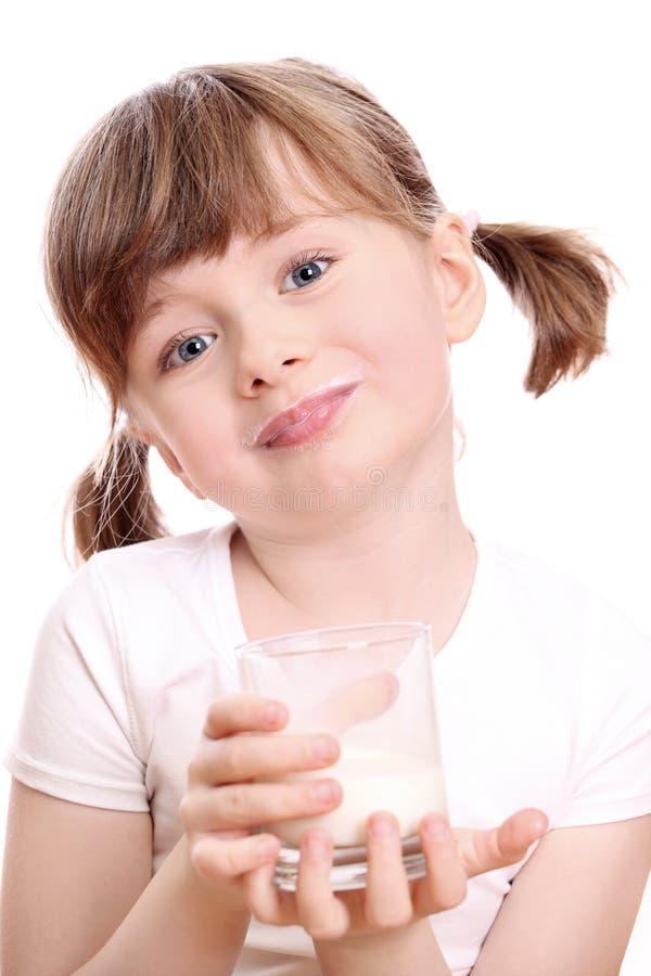 Meisje met melk royalty-vrije stock fotografie