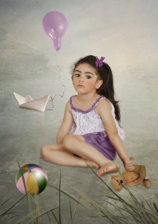 Meisje met teddybeer royalty-vrije stock fotografie