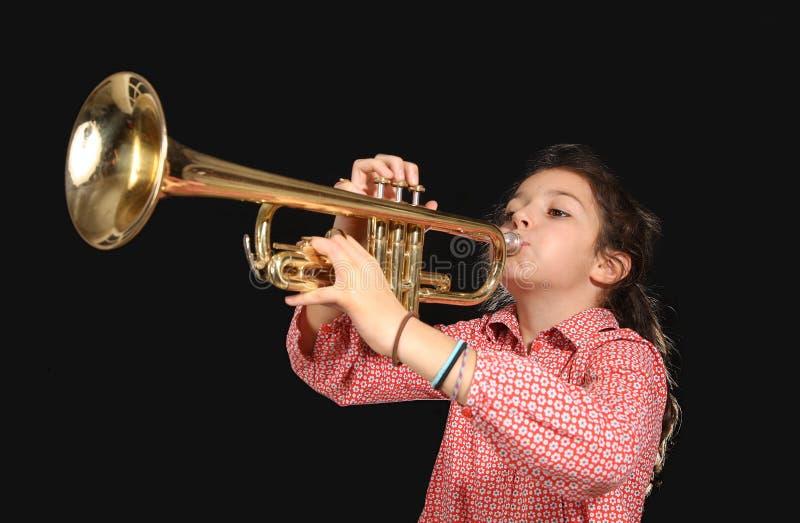 Meisje met trompet royalty-vrije stock afbeelding