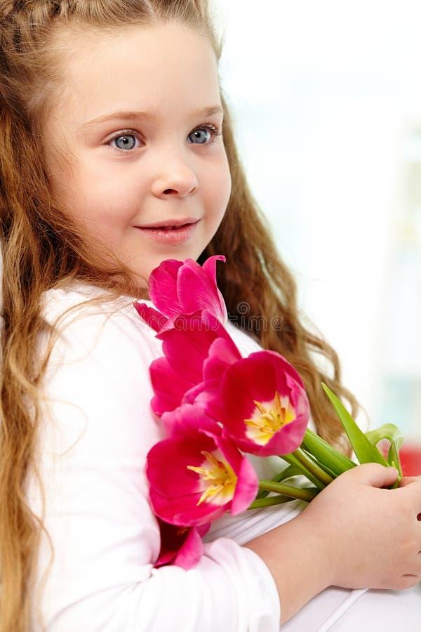 Meisje met tulpen royalty-vrije stock foto's