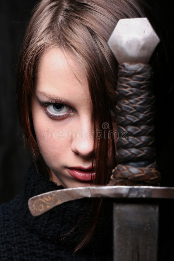 Meisje met zwaard stock fotografie