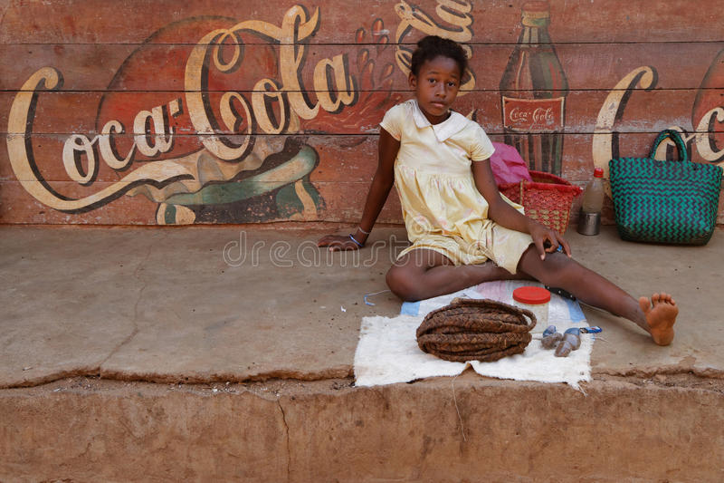 Meisje op de markt stock fotografie