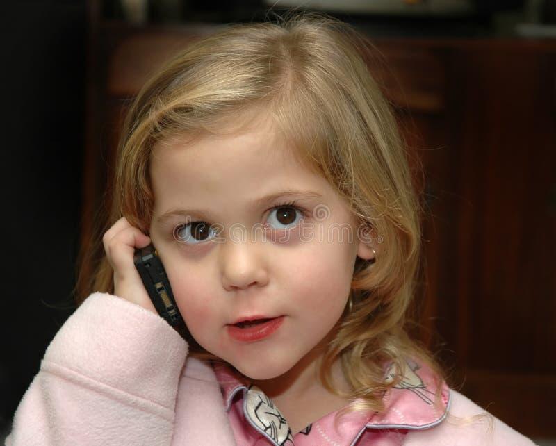 Meisje op Telefoon stock afbeeldingen