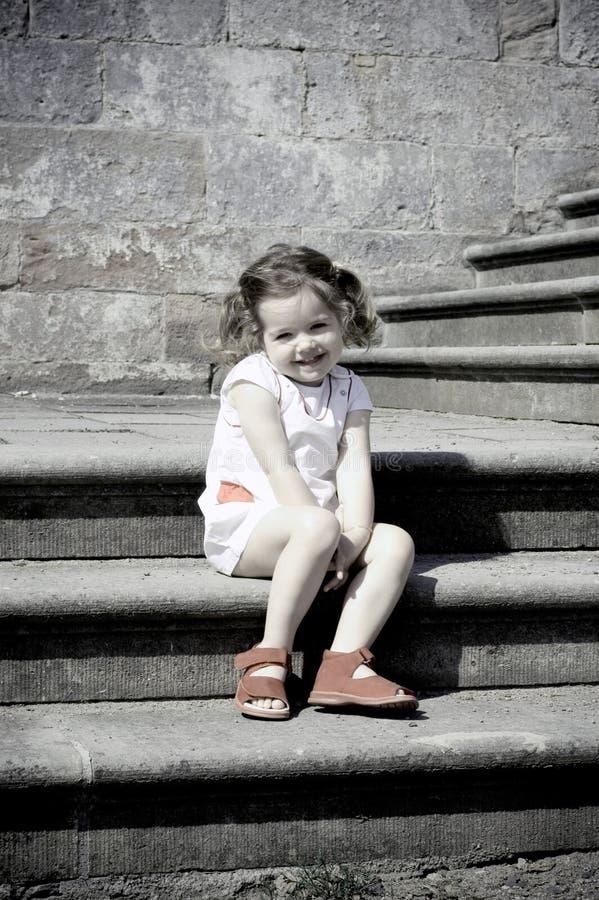 Meisje op treden stock foto's