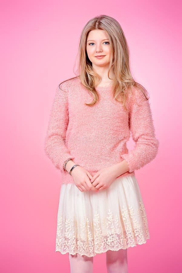 Meisje in roze royalty-vrije stock fotografie