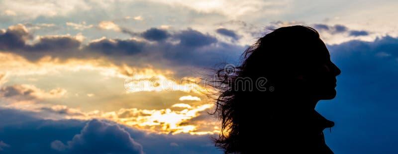 Meisje silhouette1 stock afbeelding