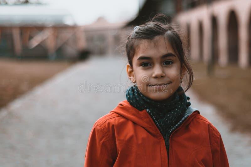 Meisje stedelijk portret stock afbeeldingen