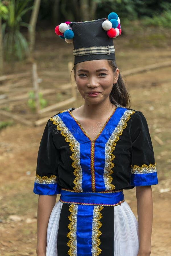 Meisje van de stam van de de etnische minderheidheuvel van Laos Hmong stock foto's