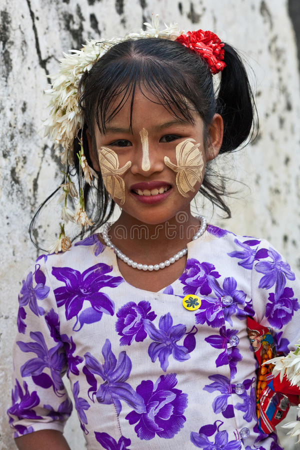 Meisje van Mandalay, Myanmar stock afbeelding