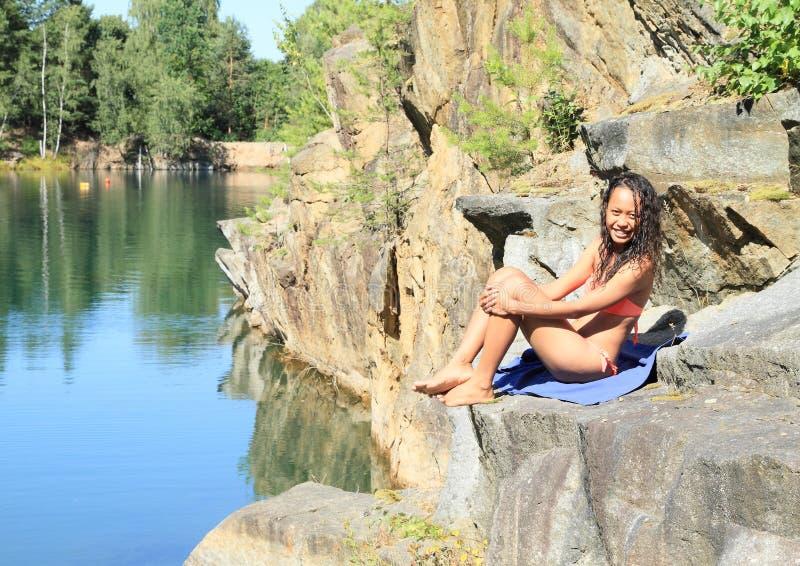 Meisje in zwempak stock afbeeldingen