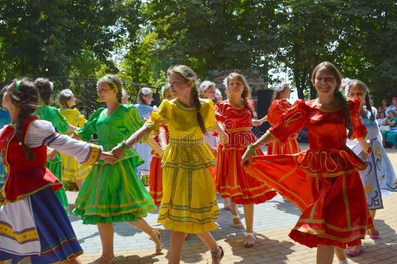 Meisjedansen royalty-vrije stock foto