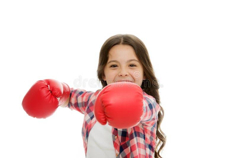 Meisjes bokshandschoenen klaar te vechten Jong geitje sterk en onafhankelijk meisje Voel krachtig Het Concept van de meisjesmacht stock afbeeldingen