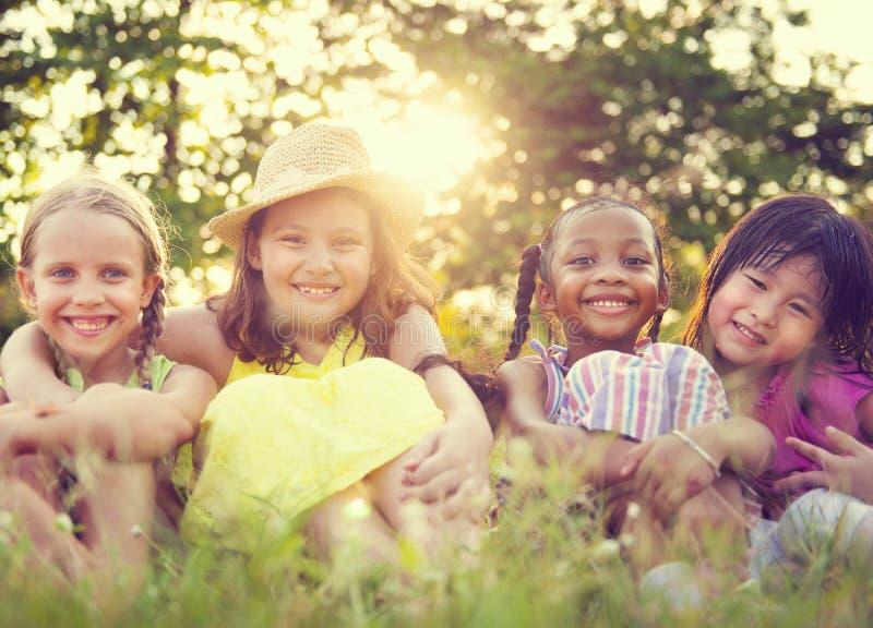 Meisjes in een Park stock foto