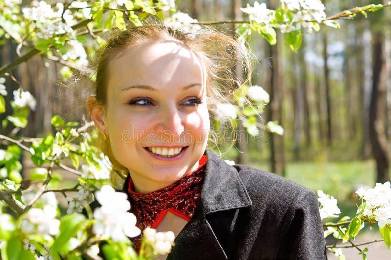 Meisjes lenteportret stock foto's
