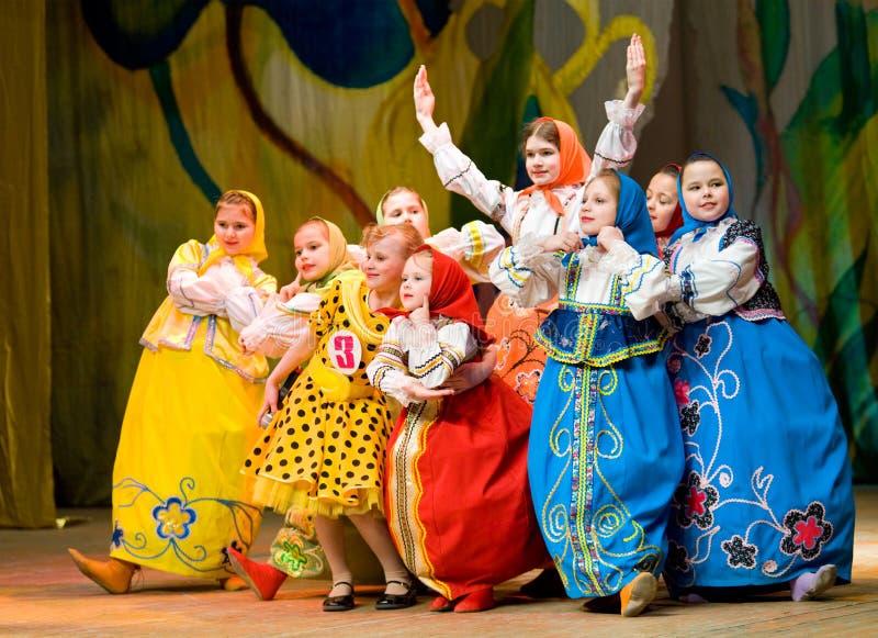 Meisjes - Russische poppen stock foto's