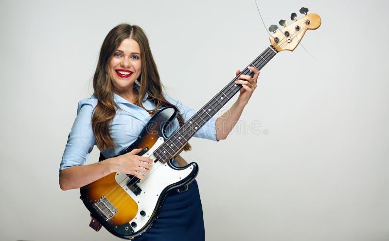 Meisjesmusicus die elektrische gitaar houden royalty-vrije stock afbeeldingen