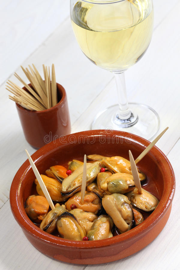 Mejillones en escabeche royalty free stock photos