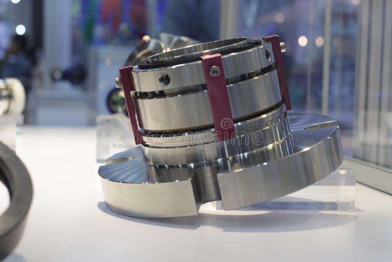 mekanisk roterande skarv för makttransmittion royaltyfri bild