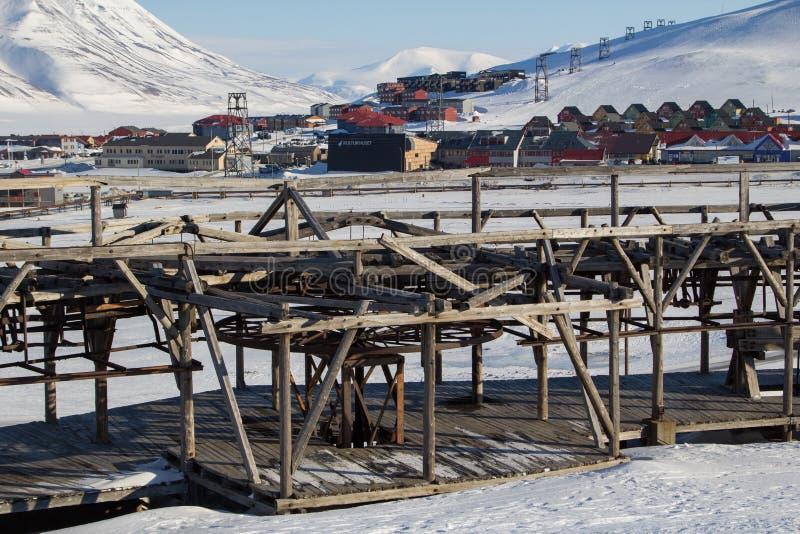 Mekanismen av det gamla systemet som transporterar kol i Longyearbyen, spottar arkivfoto