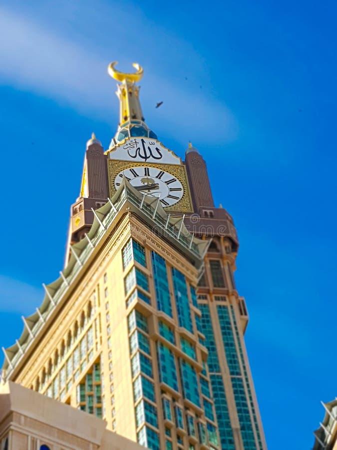 MEKKA, SAUDI-ARABIEN - März 2019: Al Safwah Tower alias Mecca Royal Hotel Clock Tower stockbilder