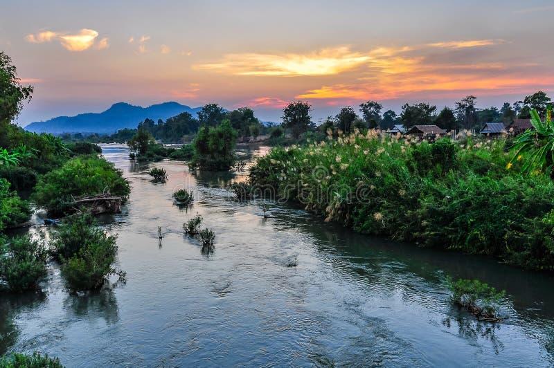 Mekong River på solnedgången i Don Kone, 4000 öar, Laos arkivbild