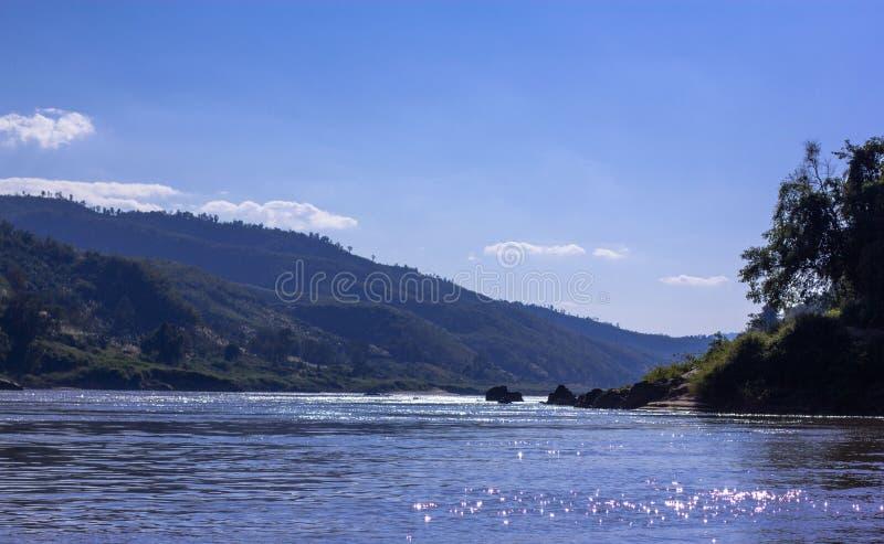 Mekong River sikt i Laos arkivfoton