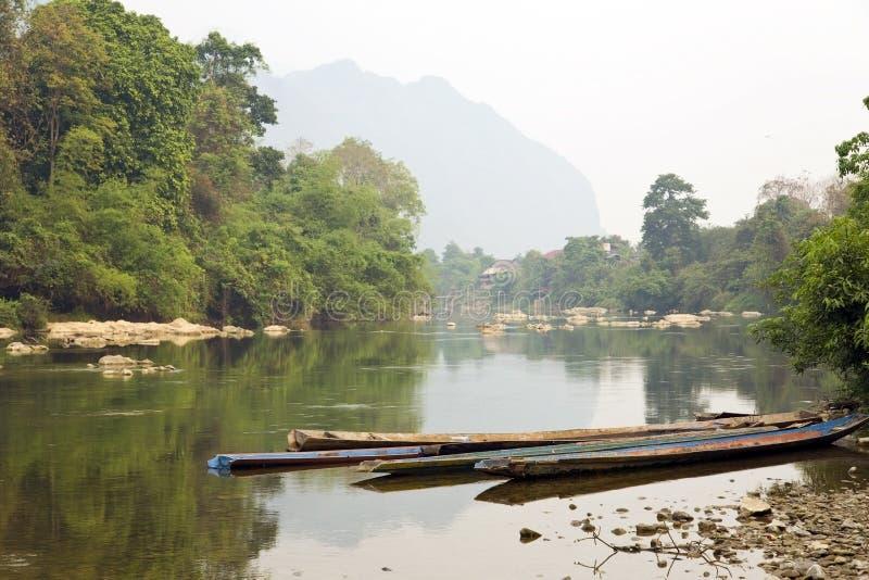 Mekong Rivierscène, Vang Vieng, Laos stock foto