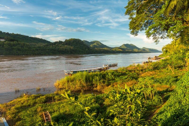 Mekong rzeki krajobraz w Luang Prabang, Laos fotografia stock