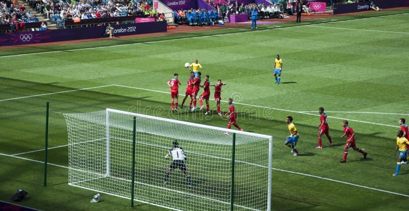 Download Meksyk Vs Gabon W 2012 Londyn Olimpiadach Zdjęcie Stock Editorial - Obraz: 25958938
