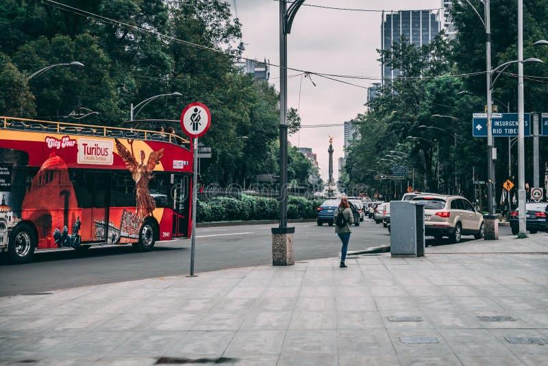 MEKSYK, WRZESIEŃ - 29: Anioł swoboda przy Reformy ulicą, S obrazy royalty free