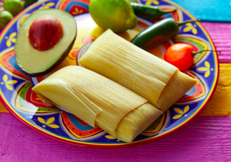 Meksykańscy Tamale tamales kukurydzani liście fotografia royalty free