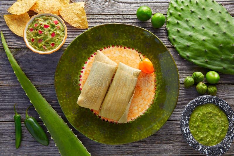 Meksykańscy Tamale tamales kukurydzani liście obrazy royalty free