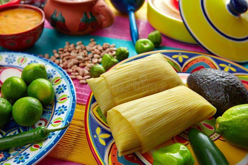 Meksykańscy Tamale tamales kukurydzani liście zdjęcie royalty free