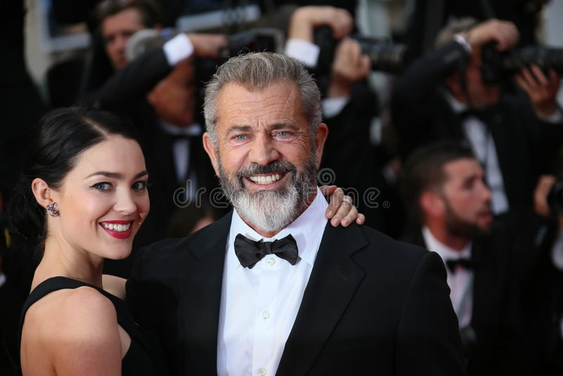 Mel Gibson e Rossalind Ross imagens de stock royalty free