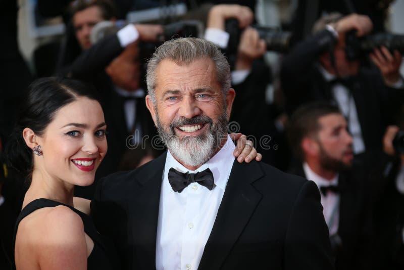 Mel Gibson och Rossalind Ross royaltyfria bilder