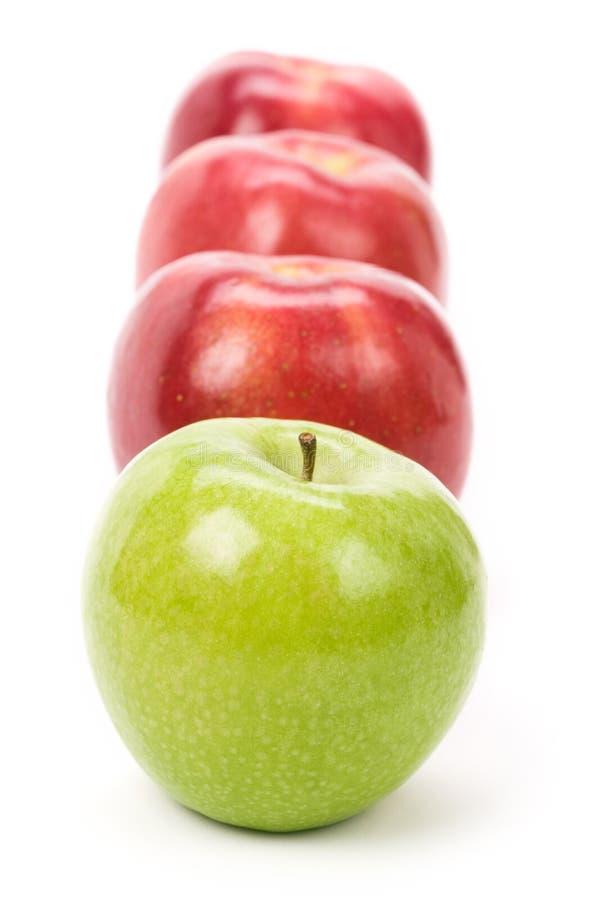 Mela verde di colore rosso del Apple fotografia stock libera da diritti