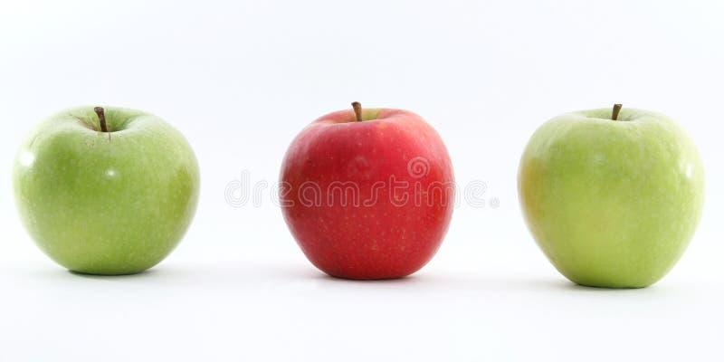 Mela verde e rossa fotografia stock libera da diritti